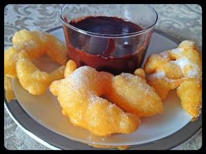 BUÑUELOS CON CHOCOLATE
