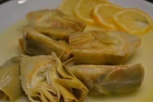 alcachofas al limón